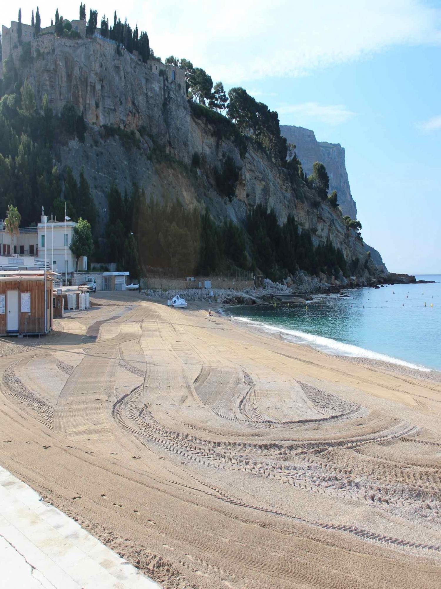 Grande plage de Cassis